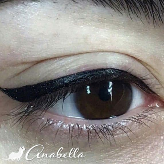 Eyeliner superior